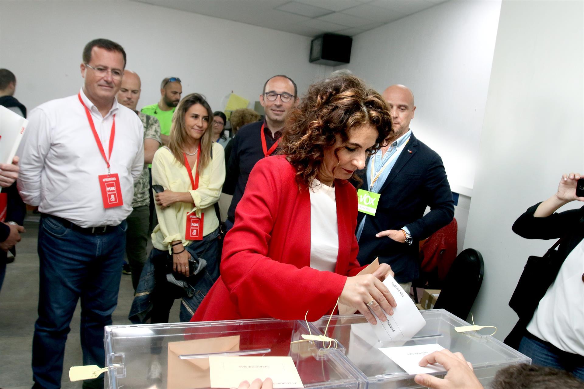 "Montero (PSOE), segura de que Andalucía ""no defraudará"""