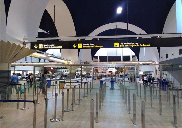 El Aeropuerto inicia las obras de reforma y ampliación del edificio terminal.