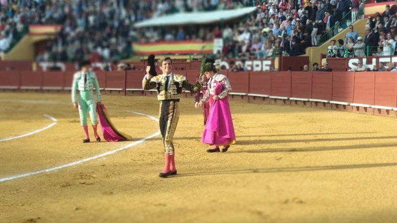 Juli indulta un toro y Morante corta dos orejas en otra tarde triunfalista en Jerez
