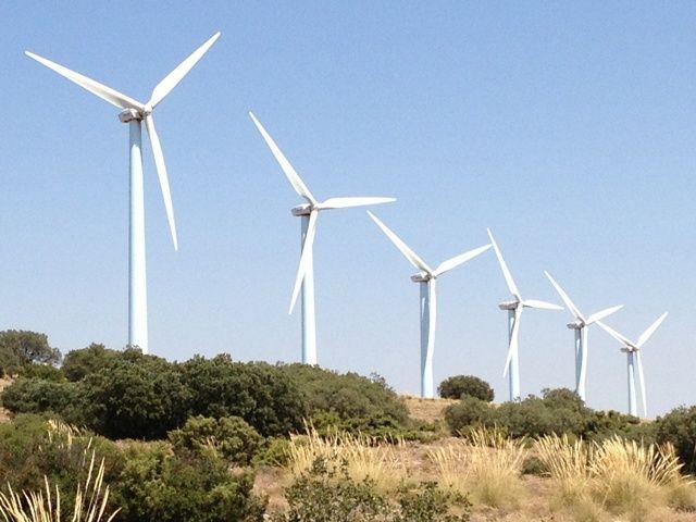 Andalucía aspira a 25.650 MW renovables, el 45 % del Plan Nacional del Clima