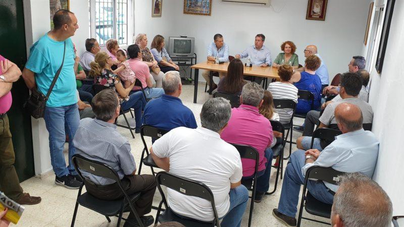 "Espadas promoverá un ""gran acuerdo"" para rehabilitar viviendas de Alcosa"