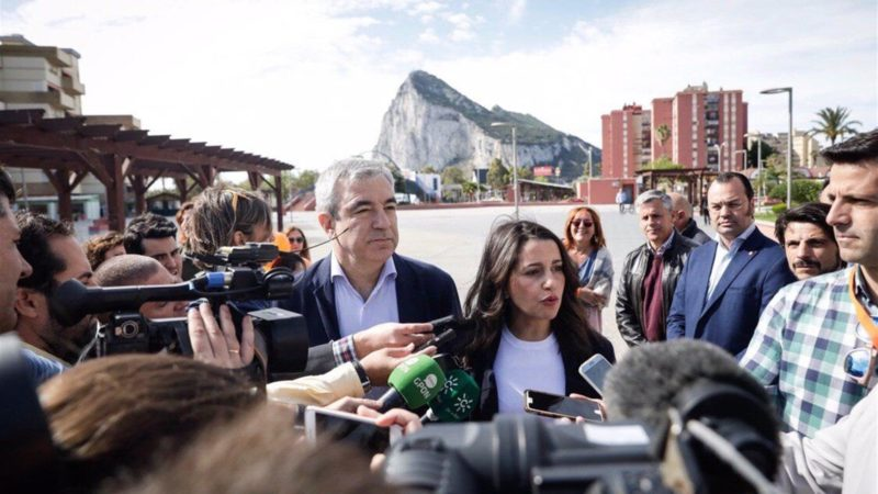 Arrimadas aboga por un proyecto para La Línea tras el Brexit