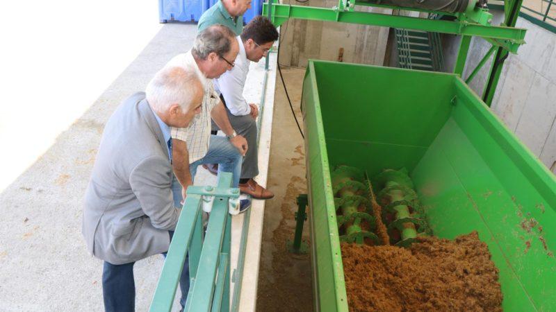 Planta que transforma  restos vegetales en pienso para ganado