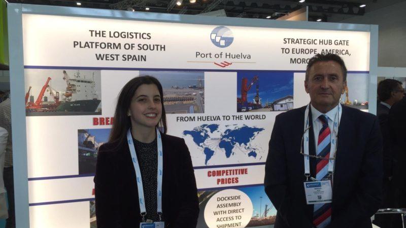 El Puerto expone su capacidad para mover grandes piezas industriales en Alemania