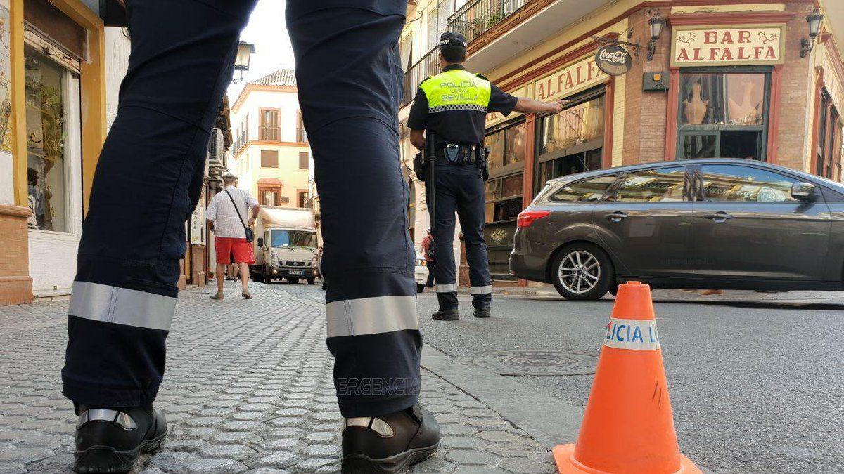 La Policía Local realiza 326 denuncias por incumplimiento de carga y descarga